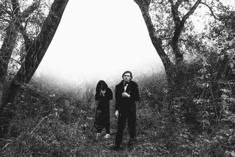 FOXYGEN REGRESA CON 'AMERICA'