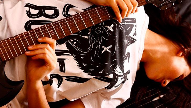 ¿QUÉ DEBE COMPRAR UNA ROCKERA ESTE BUEN FIN? en MODA Y BELLEZA.  Chicas Rockeras!