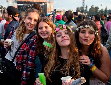 ¿QUÉ PONERTE PARA EL CORONA CAPITAL 2016? en EVENTOS.  Chicas Rockeras!