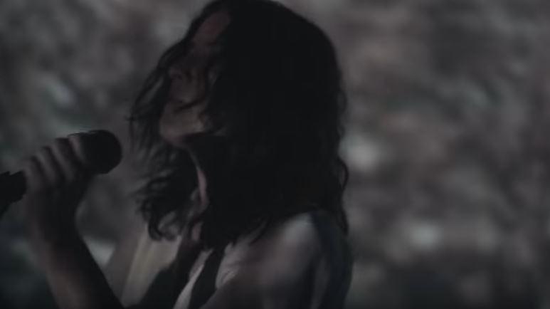 'CAMINOS' PRIMER SENCILLO DE FULGOR, NUEVO ÁLBUM DE SARA VALENZUELA  en MUSICA.  Chicas Rockeras!