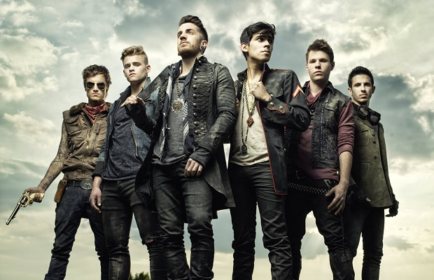 CROWN THE EMPIRE Y DANCE GAVIN DANCE EN EL PLAZA EN FEBRERO en EVENTOS.  Chicas Rockeras!