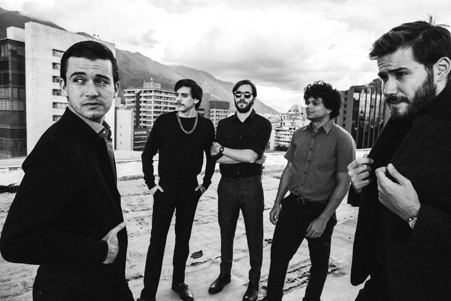 'LUNA' el nuevo video de Los Mesoneros