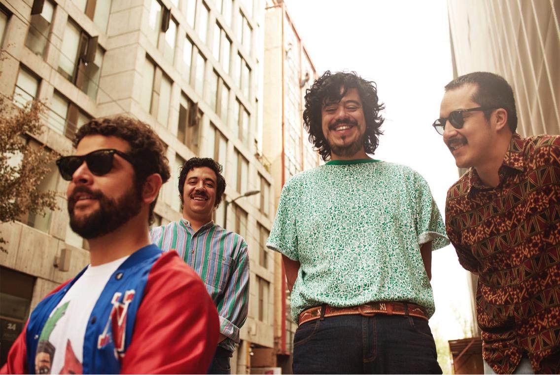 'PARQUES' la nueva producción de LOS ROMÁNTICOS ZACATECAS en MUSICA.  Chicas Rockeras!