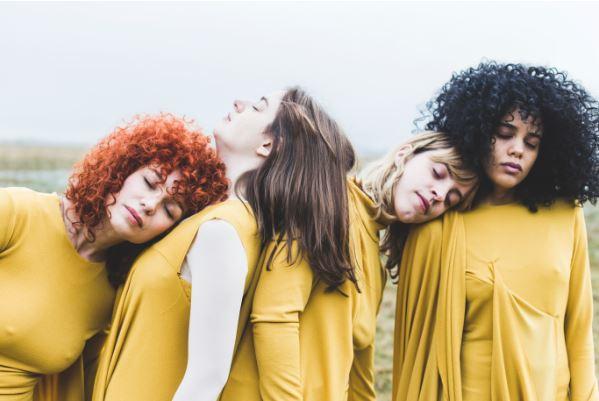 FRANCISCA Y LOS EXPLORADORES presenta otro adelanto de 'Tan Fuerte'  en MUSICA.  Chicas Rockeras!