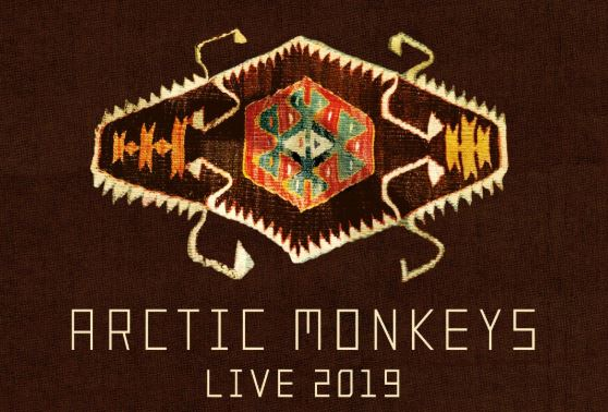 ARCTIC MONKEYS con cinco shows en Latinoamérica en 2019 en EVENTOS.  Chicas Rockeras!