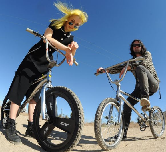 BETTER OBLIVION COMMUNITY CENTER presentan LP debut