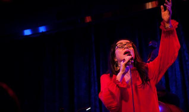 La artista chilena neoyorkina nominada al Latin Grammy, Claudia Acuña presenta un concierto digital...
