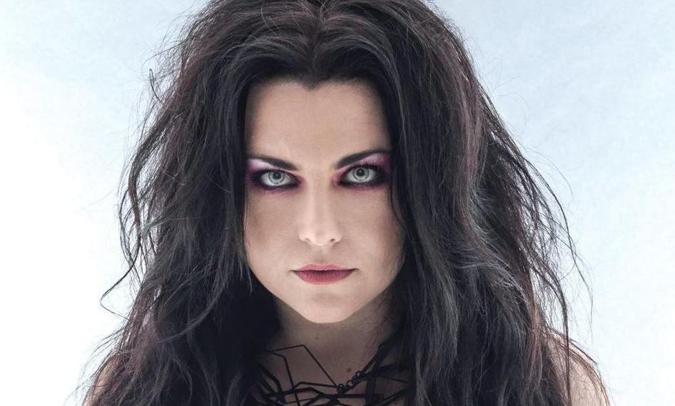 Evanescence está de regreso con un nuevo álbum tras 10 años llamado The Bitter Truth.  Este álbum es...