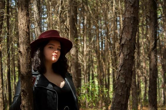 Steph Egry personifica el confinamiento con 'Cuanto Tú Te Fuiste' en MUSICA.  Chicas Rockeras!